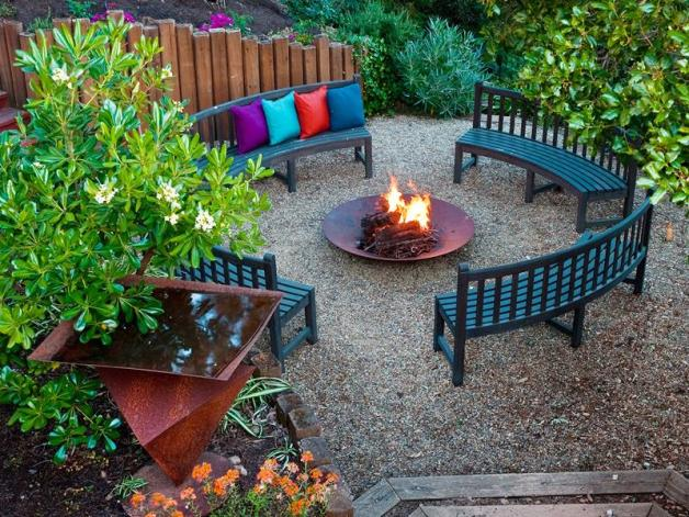 24-Beautiful-Backyard-Landscape-Design-Ideas-11