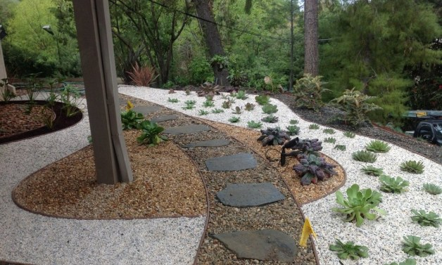 Pea-Gravel-Landscaping-Design-Ideas-1000x600