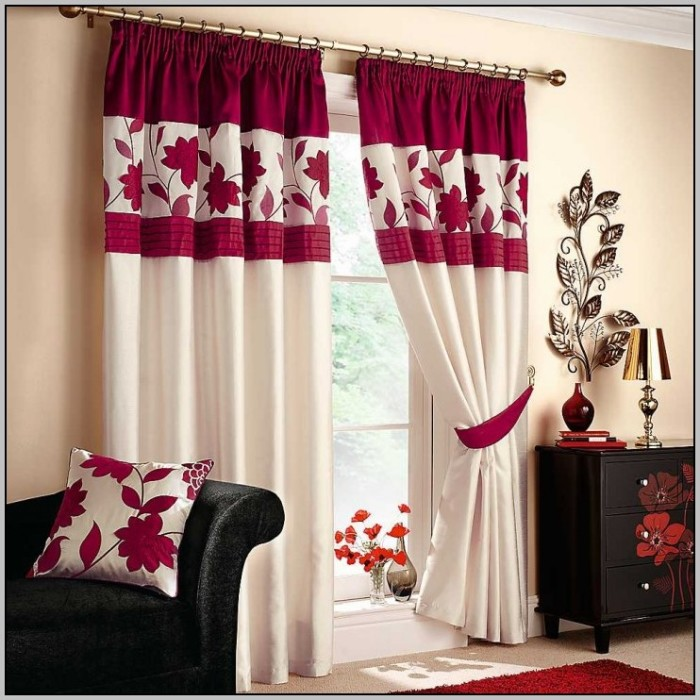red-and-white-curtains-for-bedroom-700x700